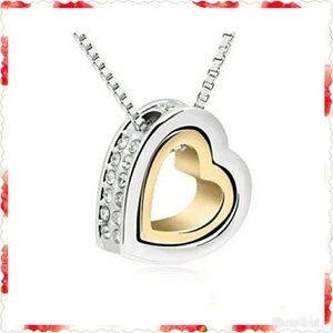 Jewelry - Crystal double open heart necklace